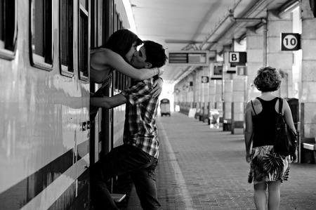 15 cose che solo le persone con una relazione a distanza capiranno - Blog