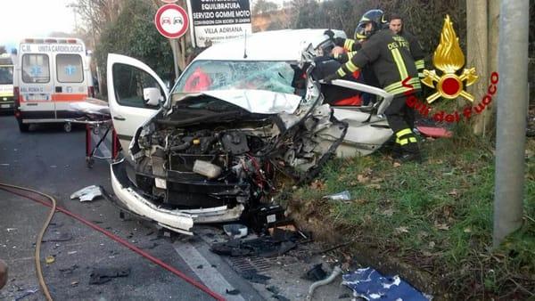 Scontro auto tir giovane soccorso dall'eliambulanza Blog Roma