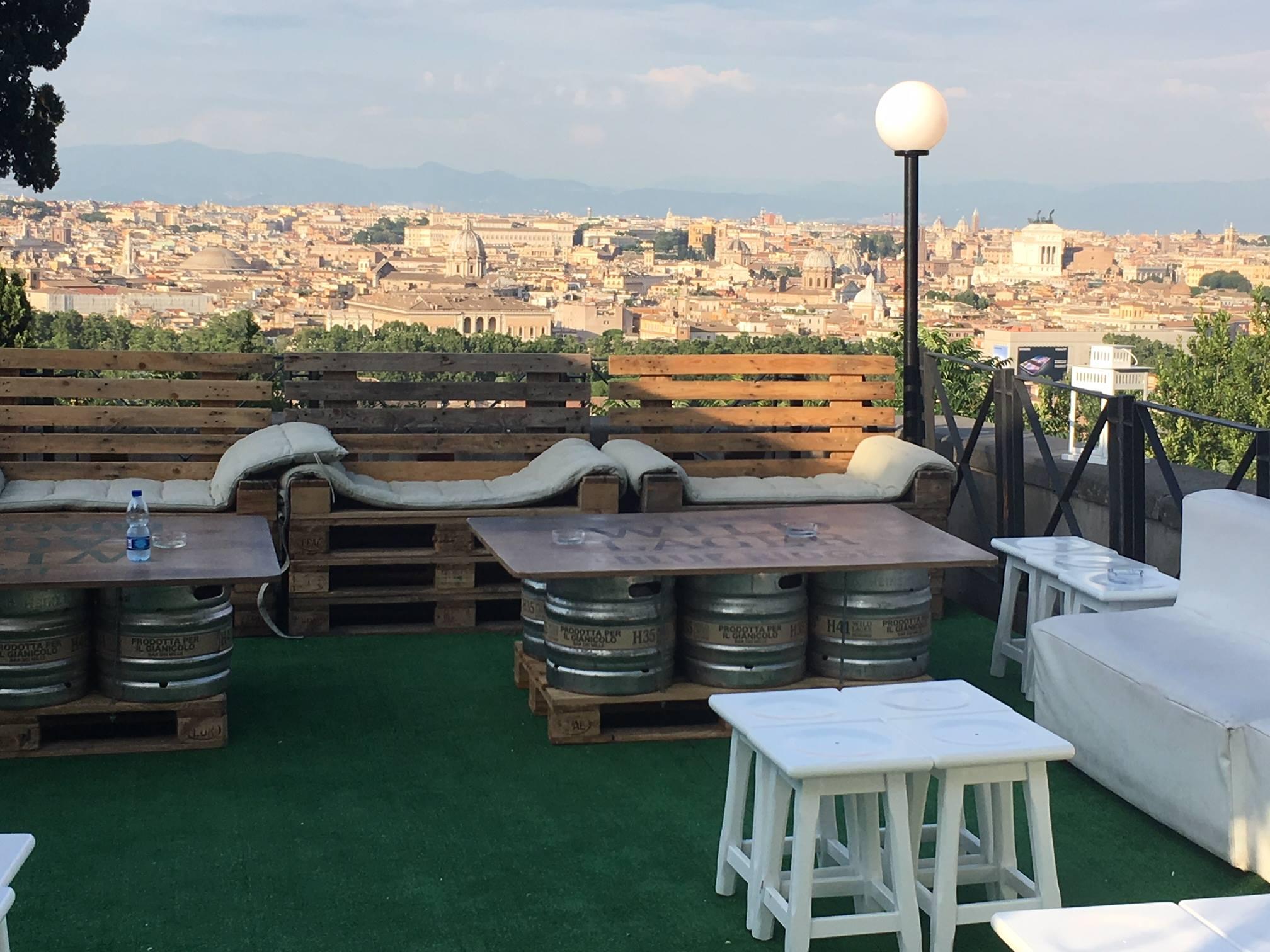 Aperitivi in terrazza Roma estate 2018
