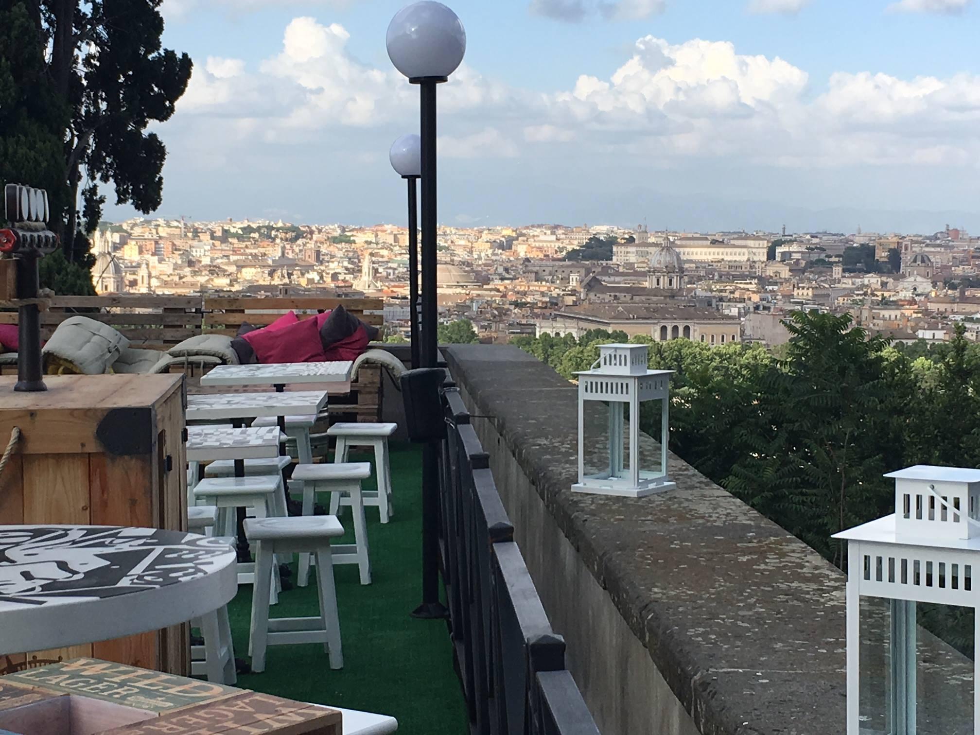 La Terrazza Del Gianicolo Roma Aperitivo Discoteca