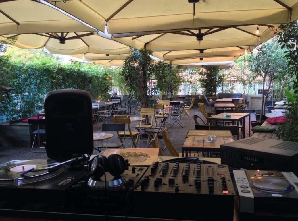 The Apartment Bar San Lorenzo   Aperitivo e Djset