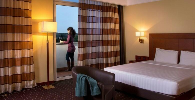 capodanno hotel capannelle Roma camere 4