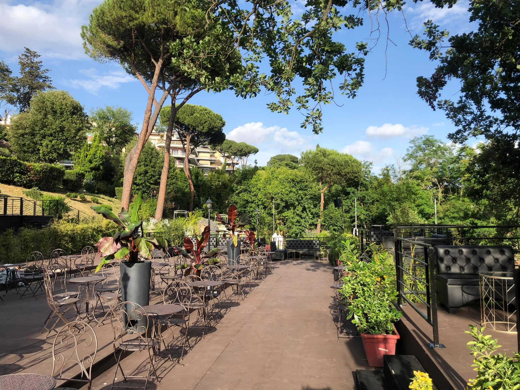 Aperitivo che canta mercoledì 1 Luglio 2020 @ La Villa Sublime Roma Nord