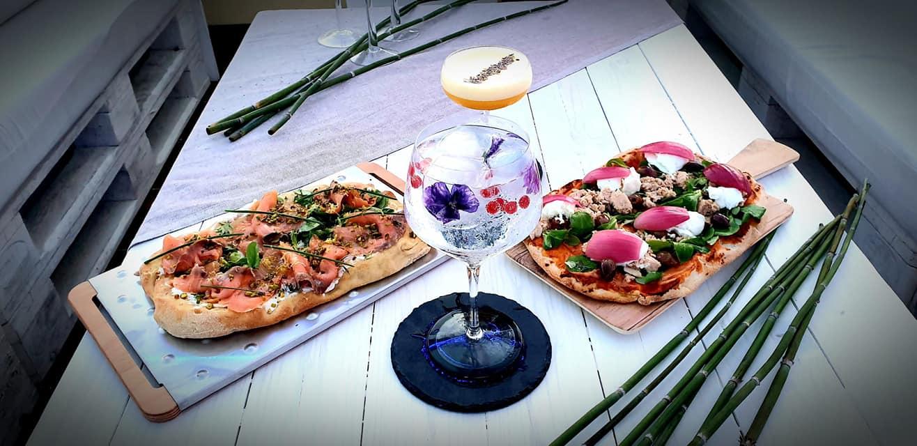 AURORA EXTRA LUX Ostia domenica 5 7 L'aperitivo al porto di Ostia vista mare