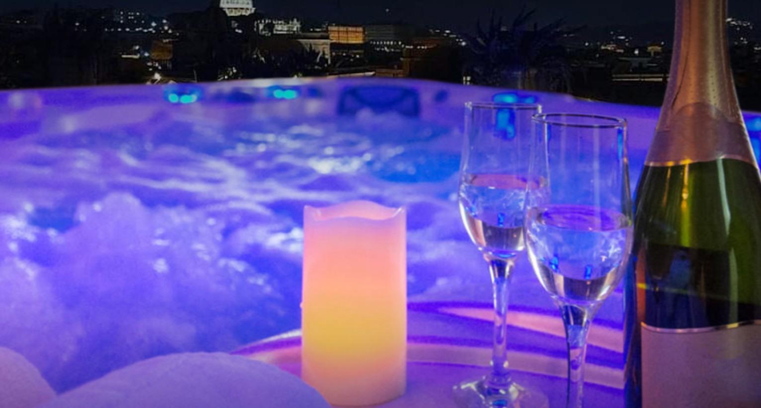 La tua Festa privata Rooftop Roma Luxury: Aperitivo Cena Bollicine