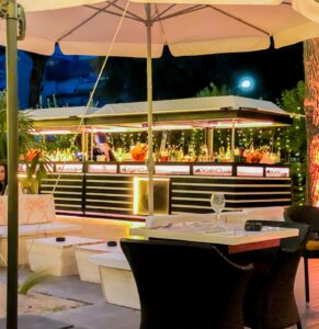 Boho Chic Eur sabato 11 settembre Tropical Aperitiv&Dinnerg